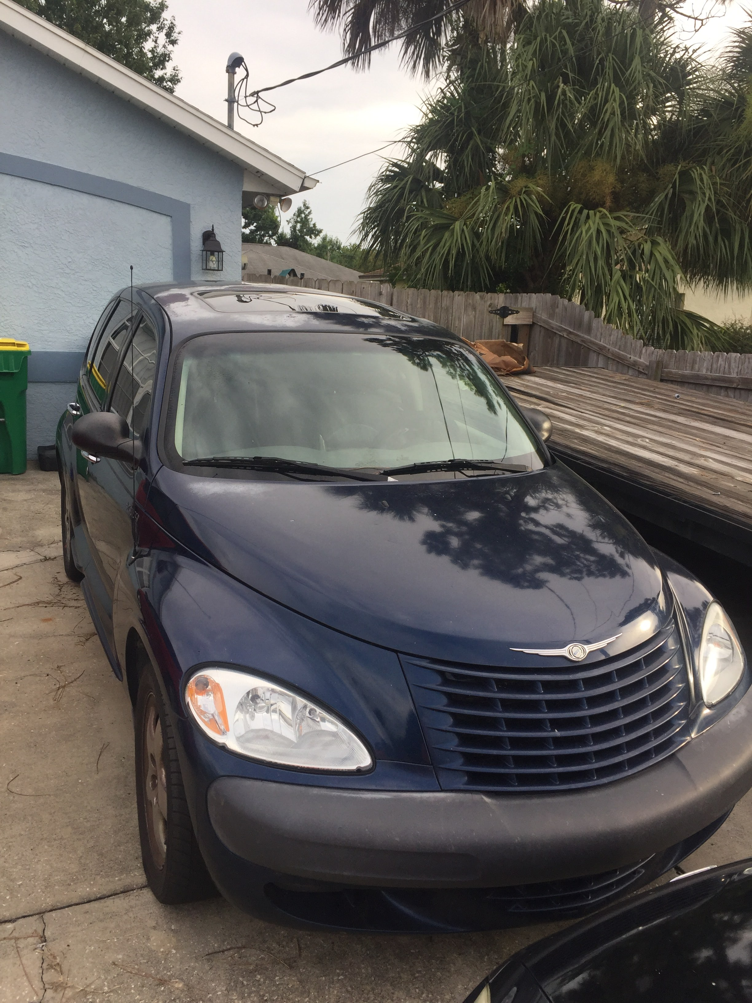 Junk 2001 Chrysler PT Cruiser in Cocoa