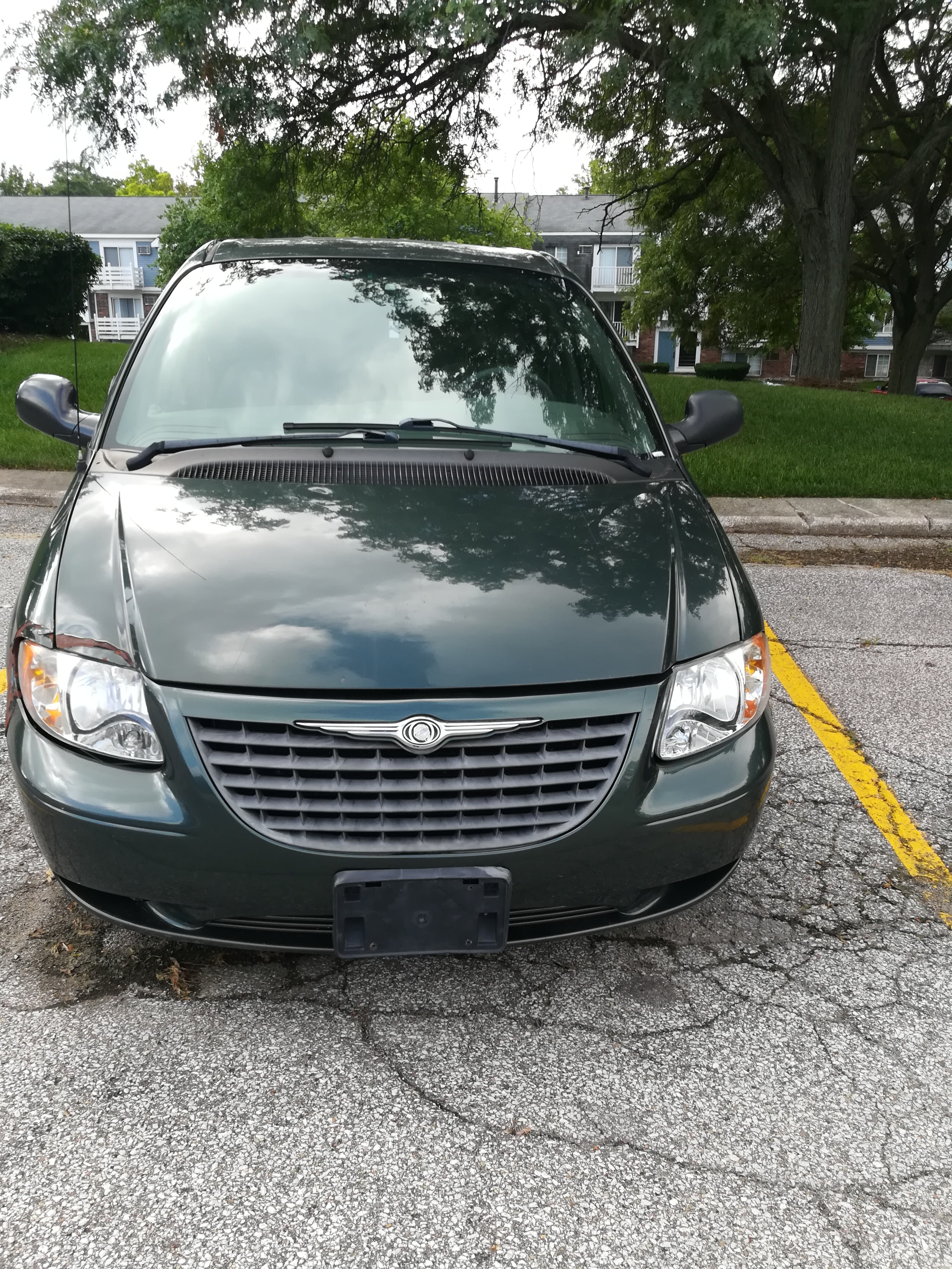 Junk 2001 Chrysler Voyager in South Bend