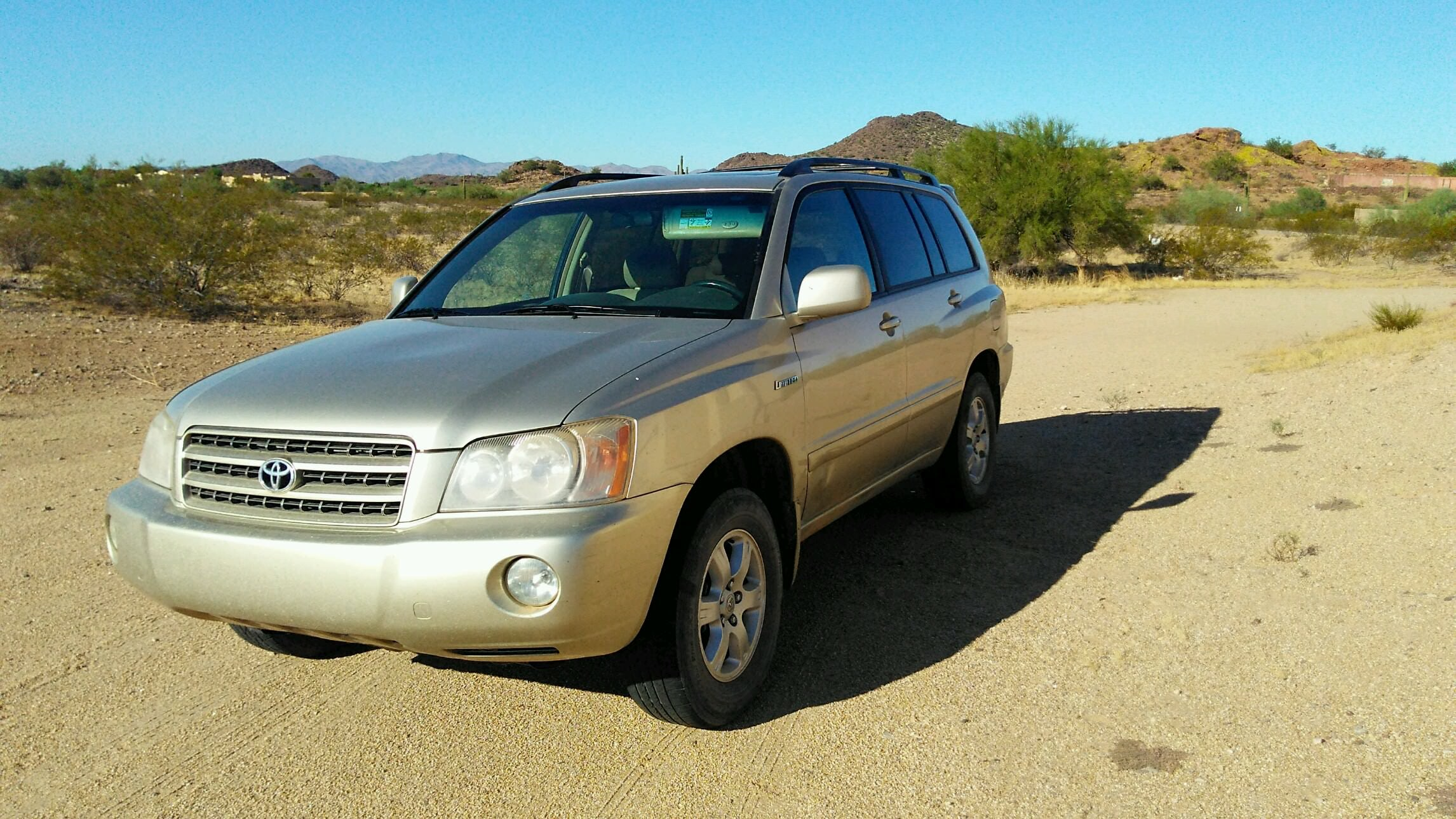 Junk 2001 Toyota Highlander in Surprise