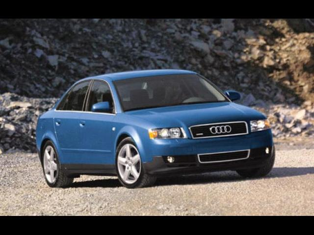 Junk 2002 Audi A4 in Fairburn