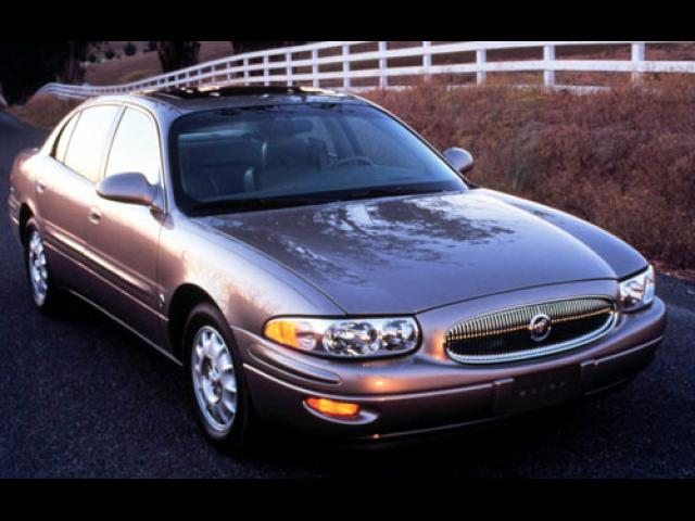 Junk 2002 Buick LeSabre in Mountain View