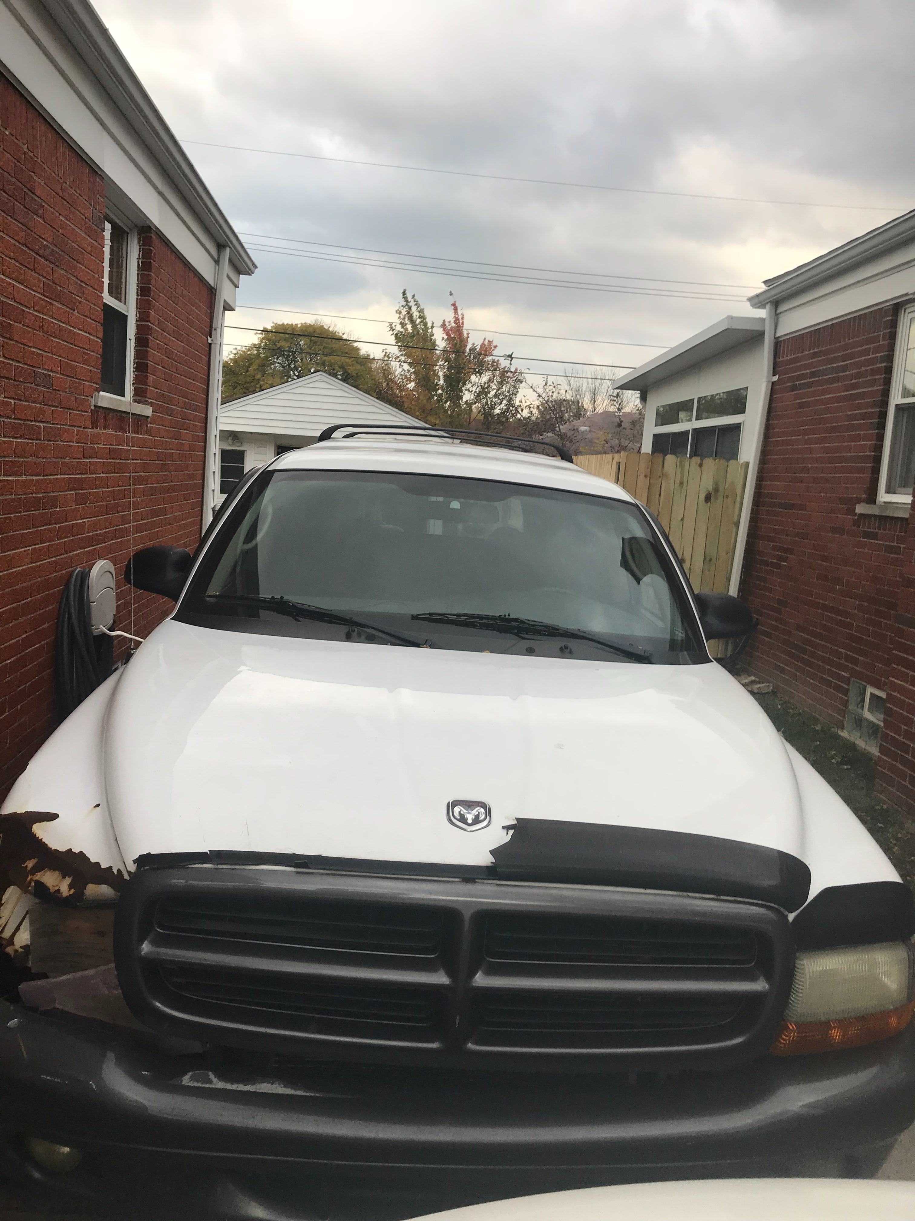 Junk 2002 Dodge Durango in Saint Clair Shores