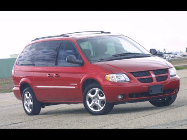 Junk 2002 Dodge Grand Caravan in Orange