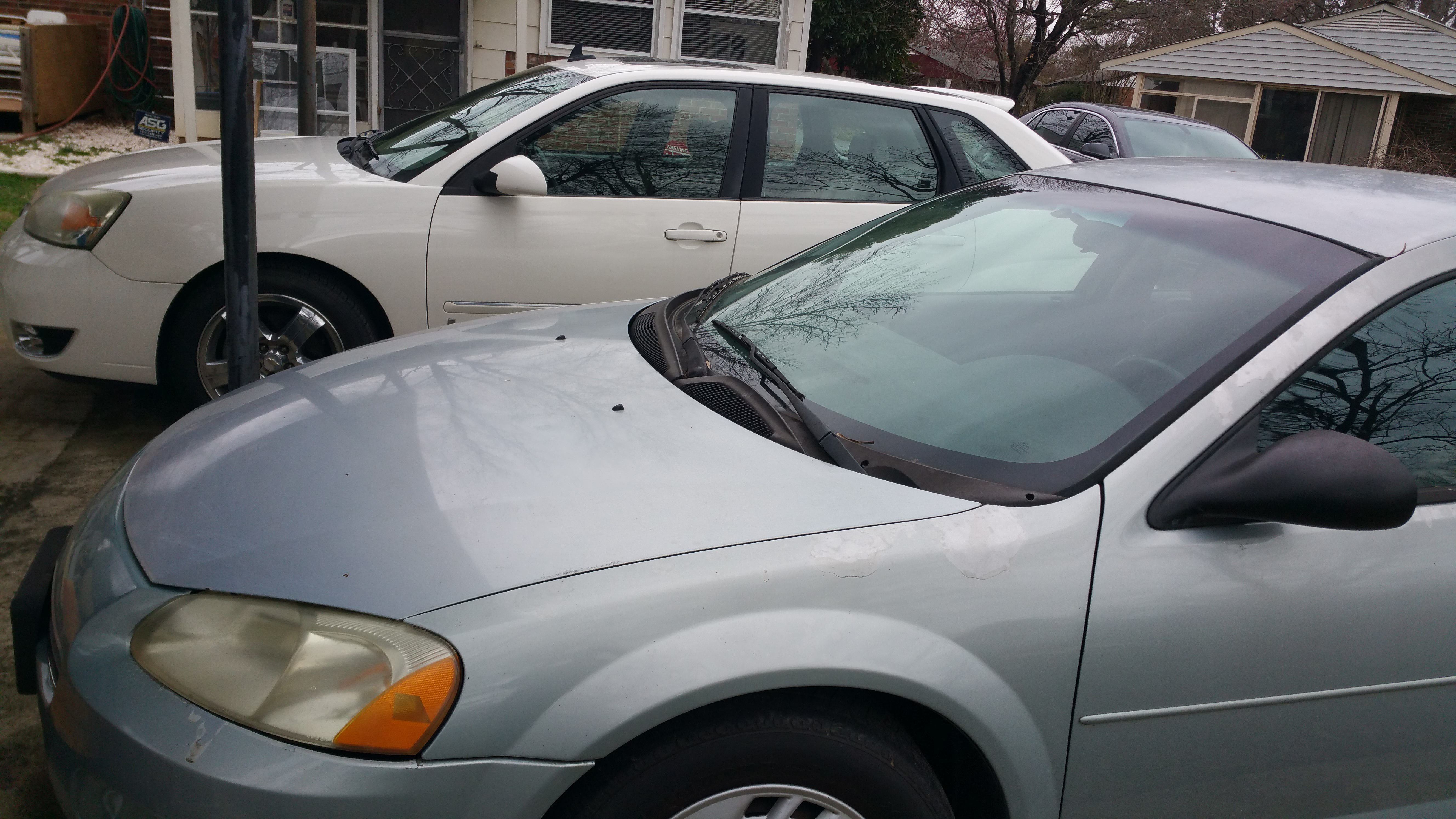 Junk 2002 Dodge Stratus in Greensboro