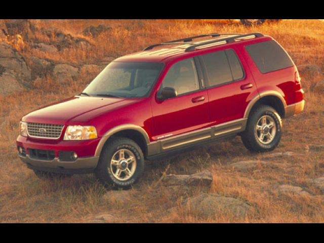 Junk 2002 Ford Explorer in Aledo