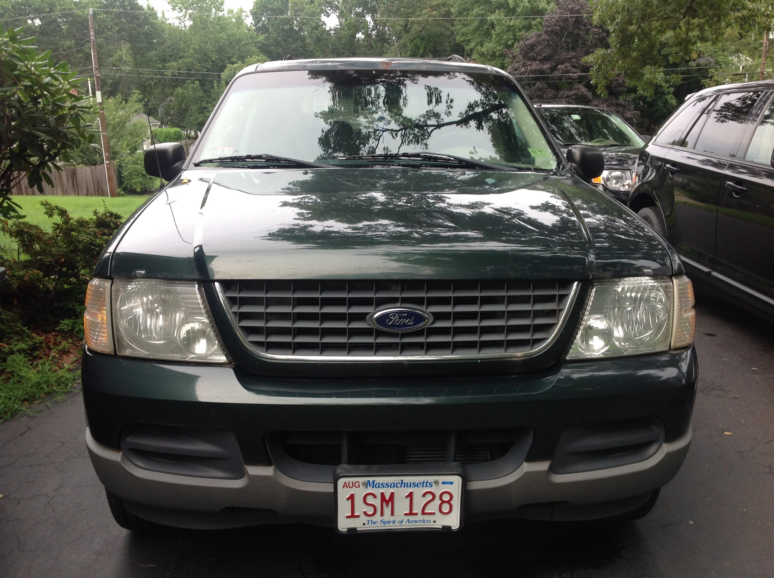 Junk 2002 Ford Explorer in Marshfield