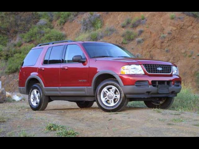 Junk 2002 Ford Explorer in Orange