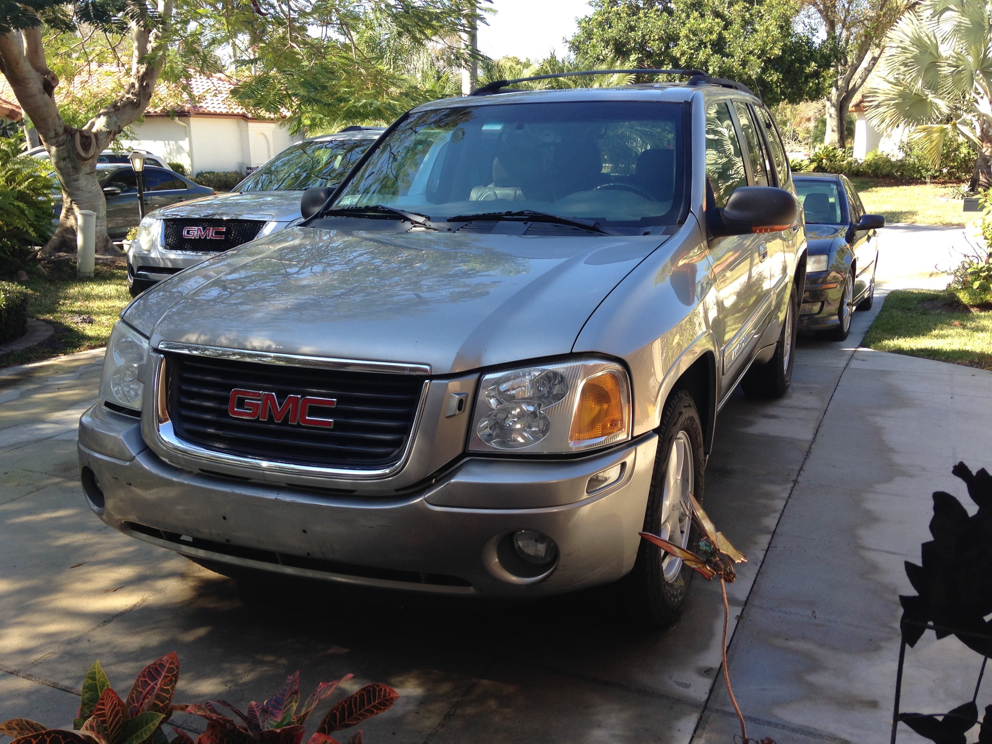 Junk 2002 GMC Envoy in Palm City