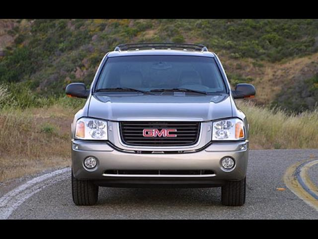 Junk 2002 GMC Envoy in Seattle