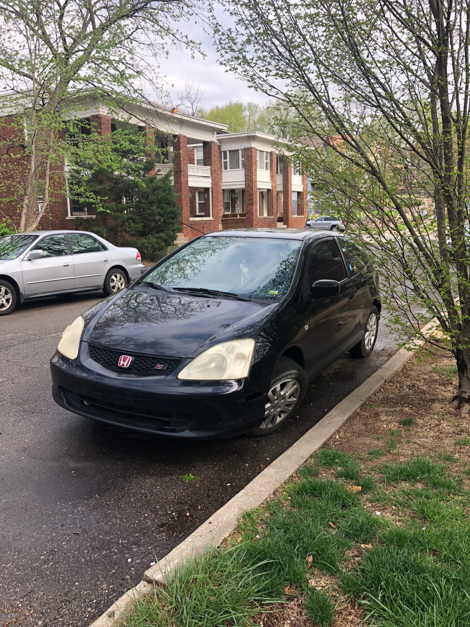 Junk 2002 Honda Civic in Kansas City