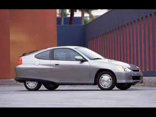 Junk 2002 Honda Insight in Burnsville