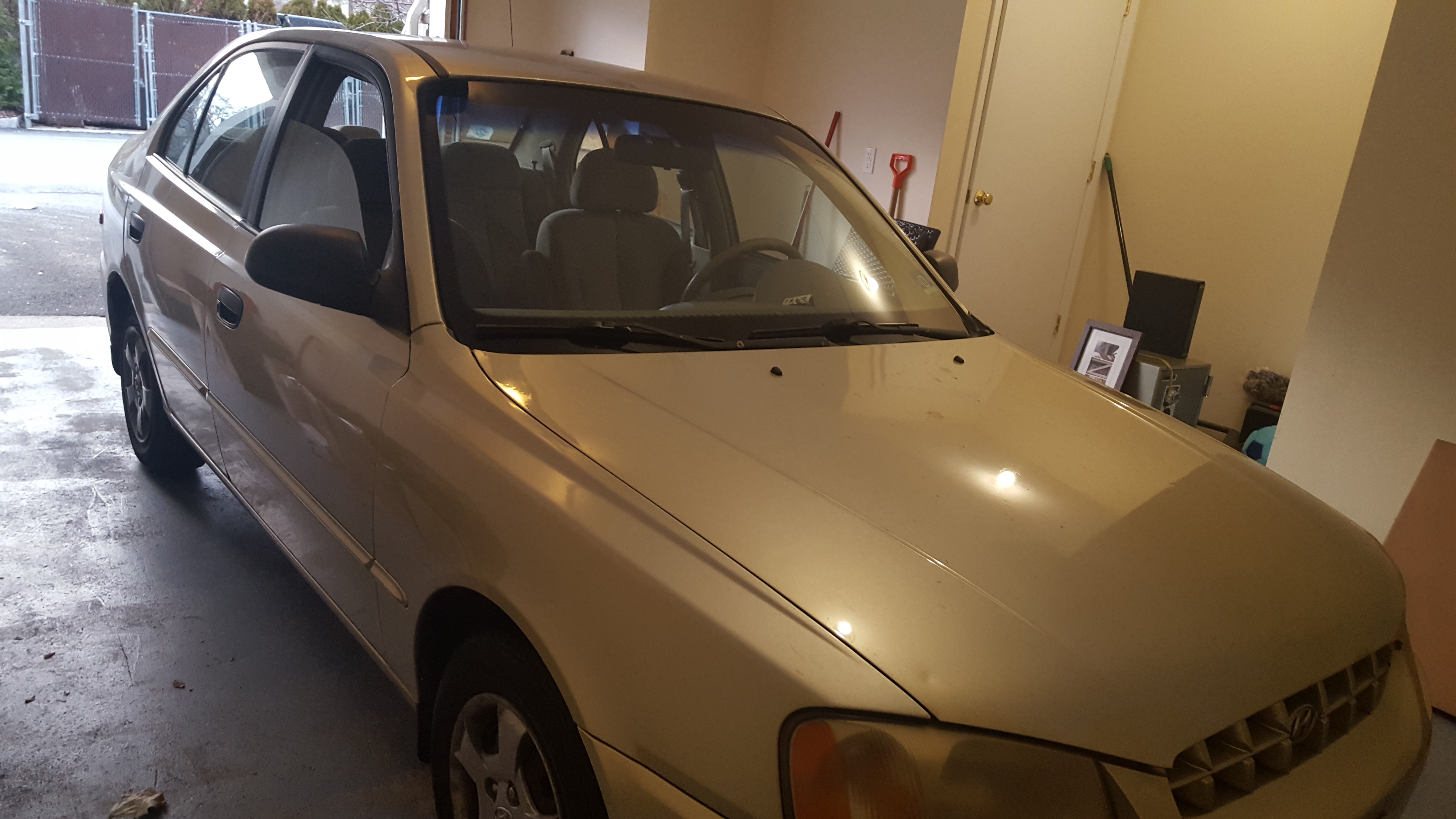 Junk 2002 Hyundai Accent in Saddle Brook