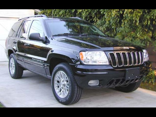 Junk 2002 Jeep Grand Cherokee in Roseville