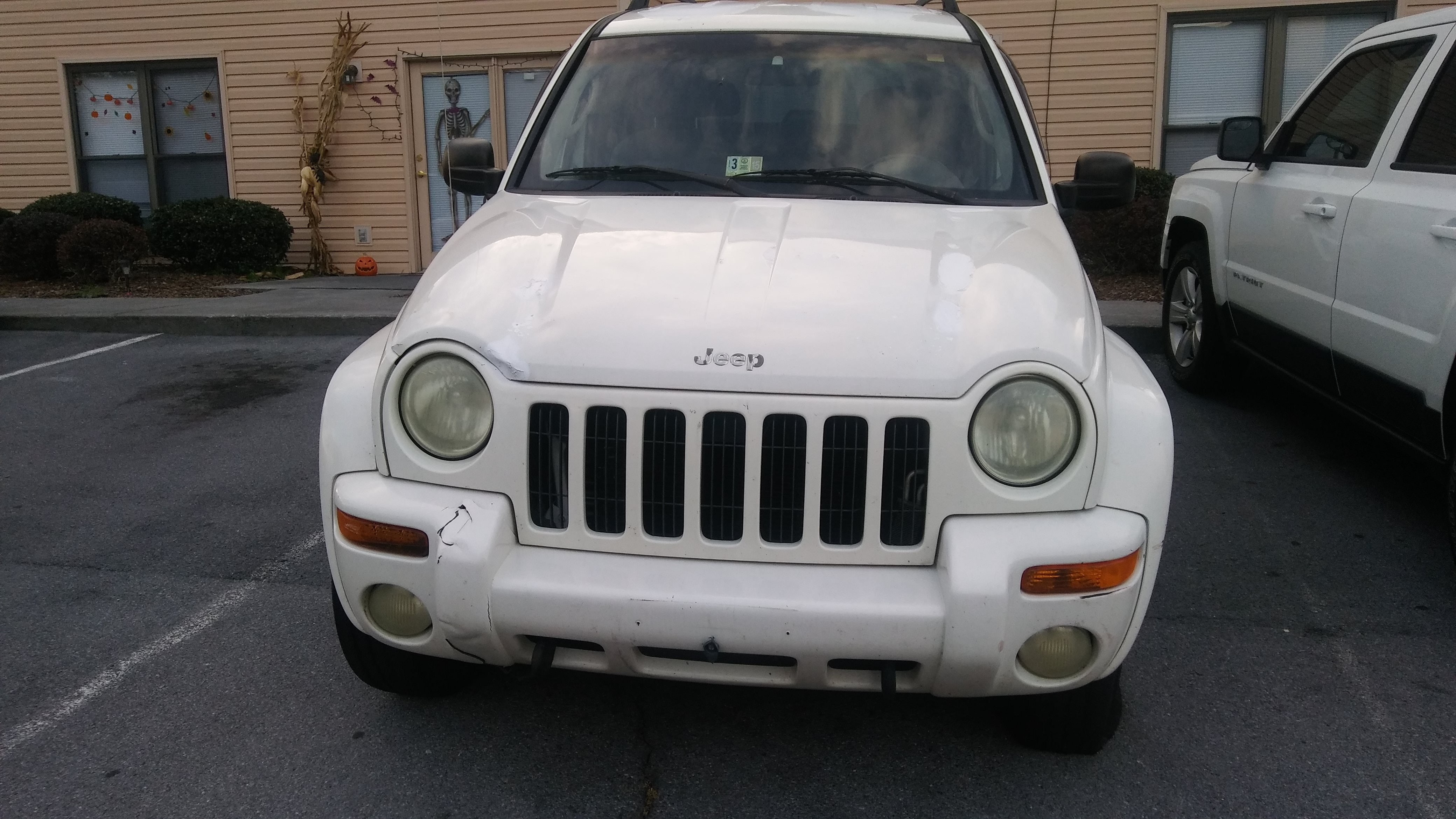 Junk 2002 Jeep Liberty in Johnson City