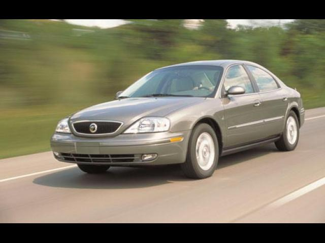 Junk 2002 Mercury Sable in Novi