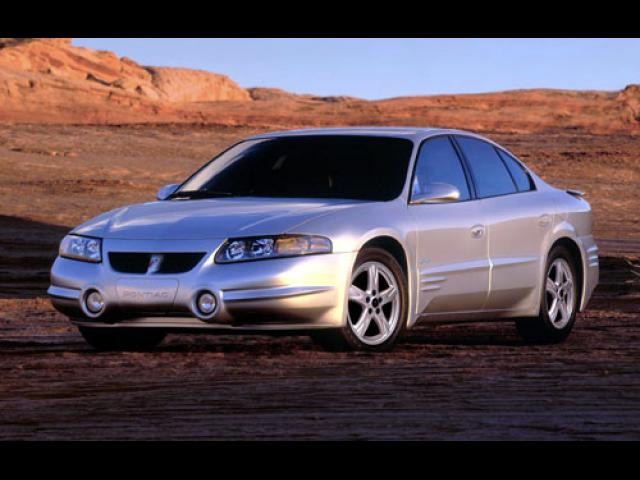 Junk 2002 Pontiac Bonneville in Sunset Beach