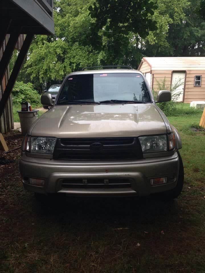 Junk 2002 Toyota 4Runner in Munford
