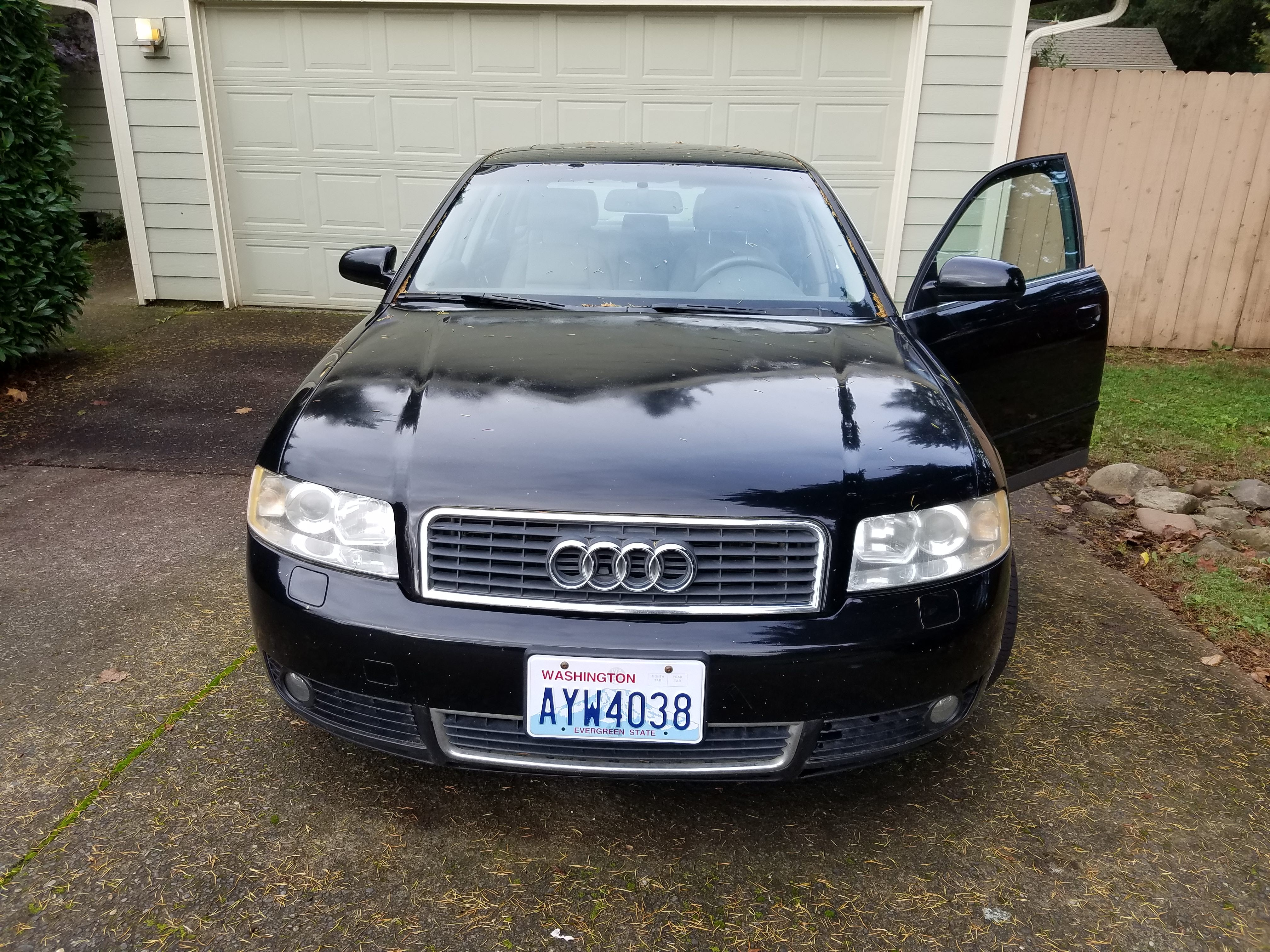 Junk 2003 Audi A4 in Vancouver