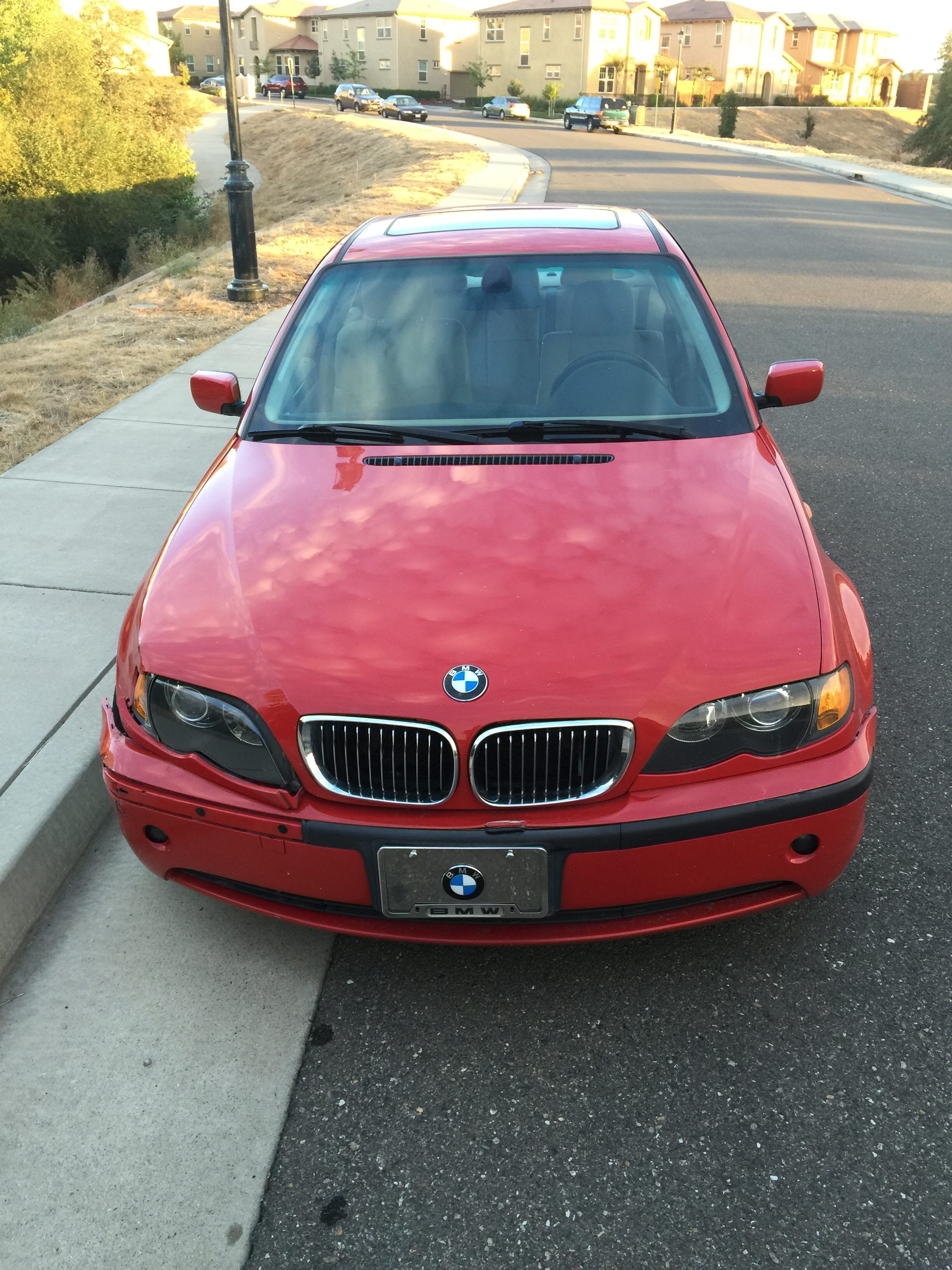 Junk 2003 BMW 325 in Folsom