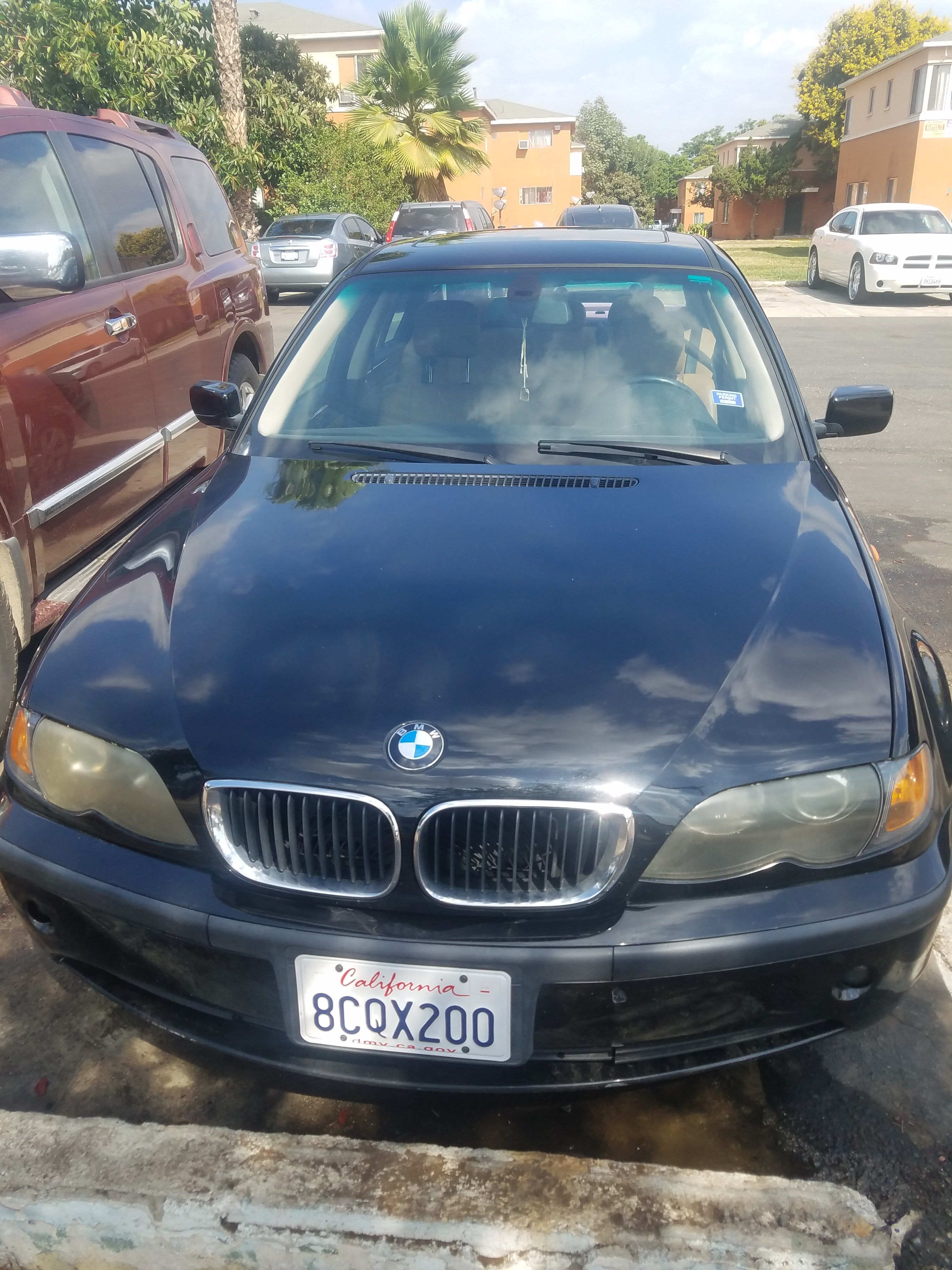 Junk 2003 BMW 325 in Los Angeles