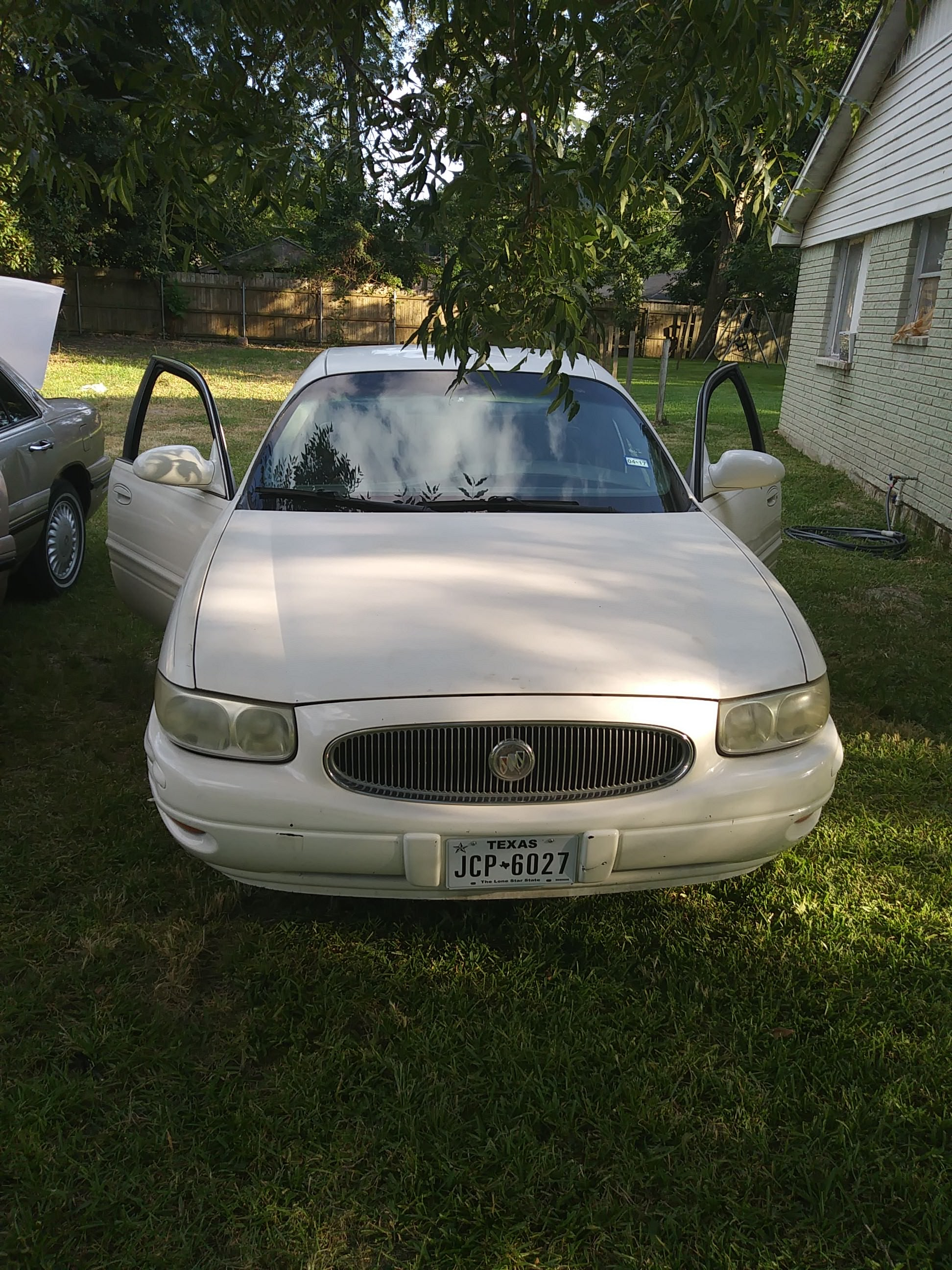 Junk 2003 Buick LeSabre in Houston