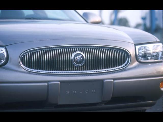 Junk 2003 Buick LeSabre in Saint Cloud