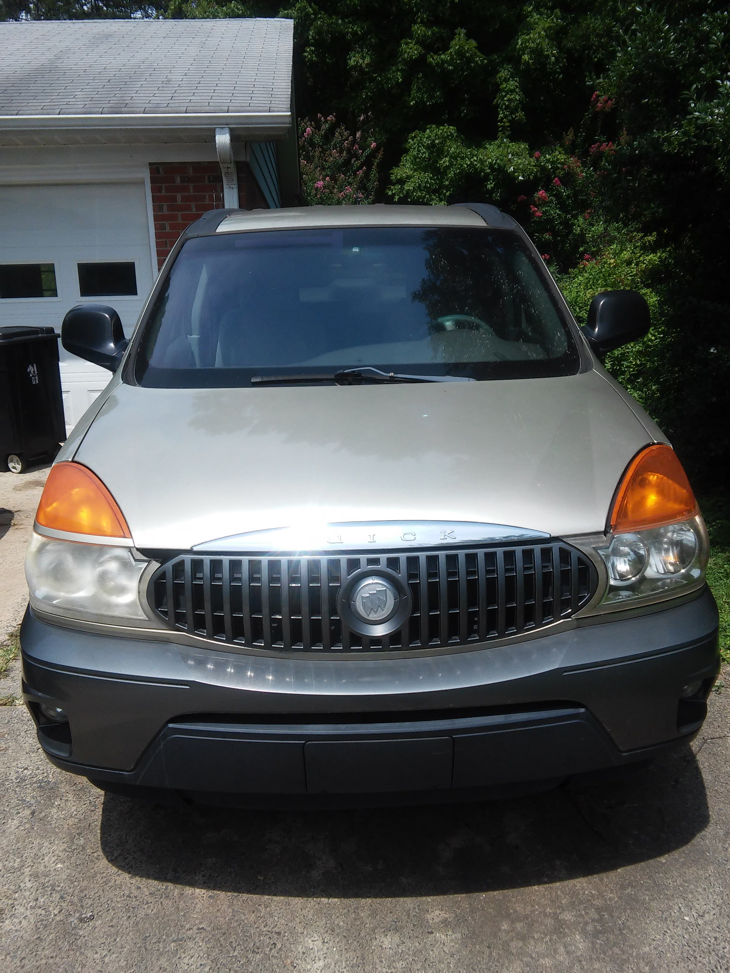 Junk 2003 Buick Rendezvous in Rural Hall