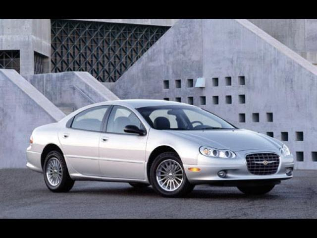 Junk 2003 Chrysler Concorde in Mount Airy
