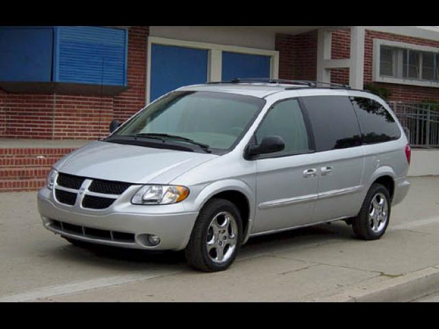 Junk 2003 Dodge Grand Caravan in West Palm Beach