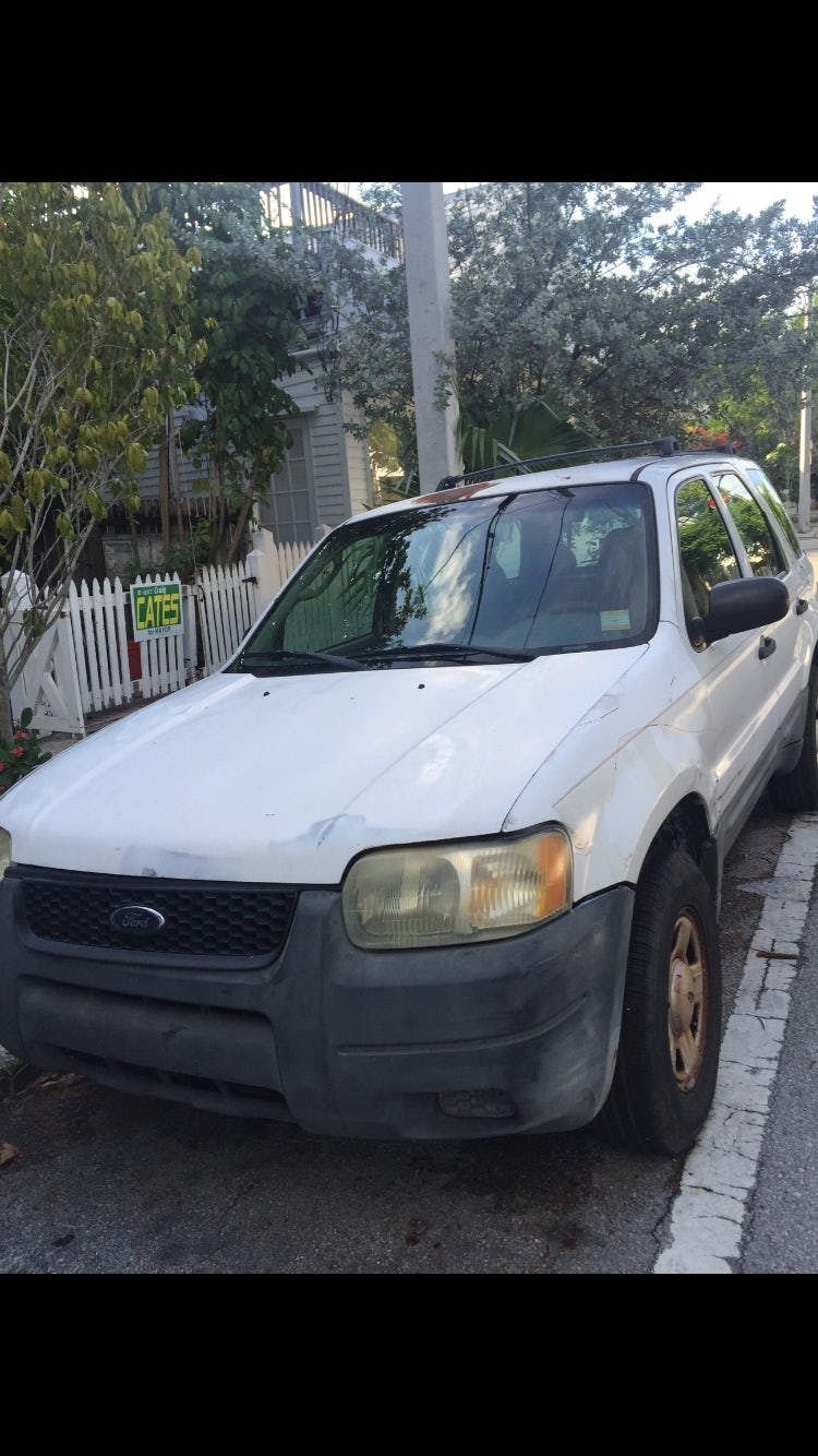 Junk 2003 Ford Escape in Key West