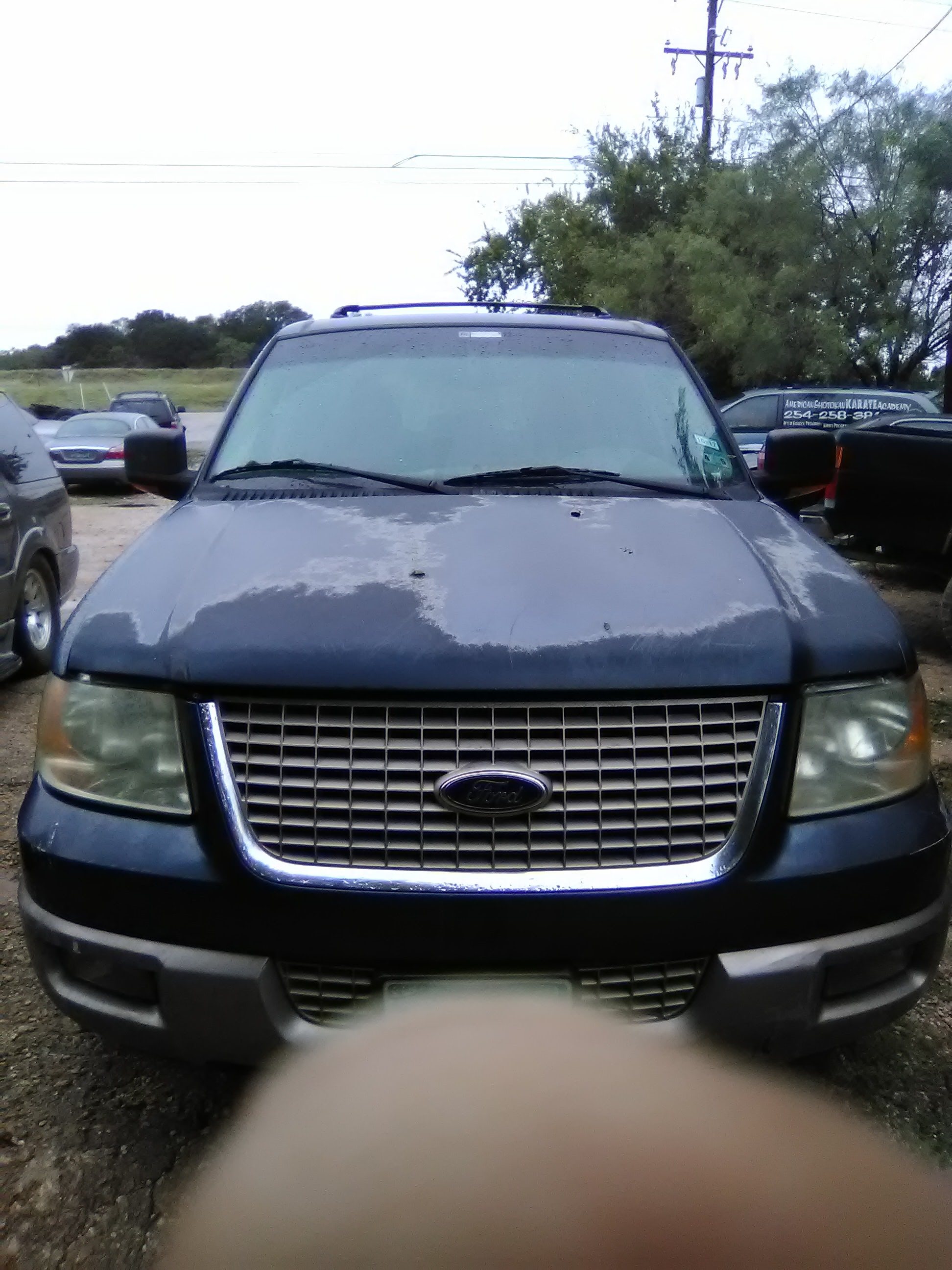 Junk 2003 Ford Expedition in Killeen