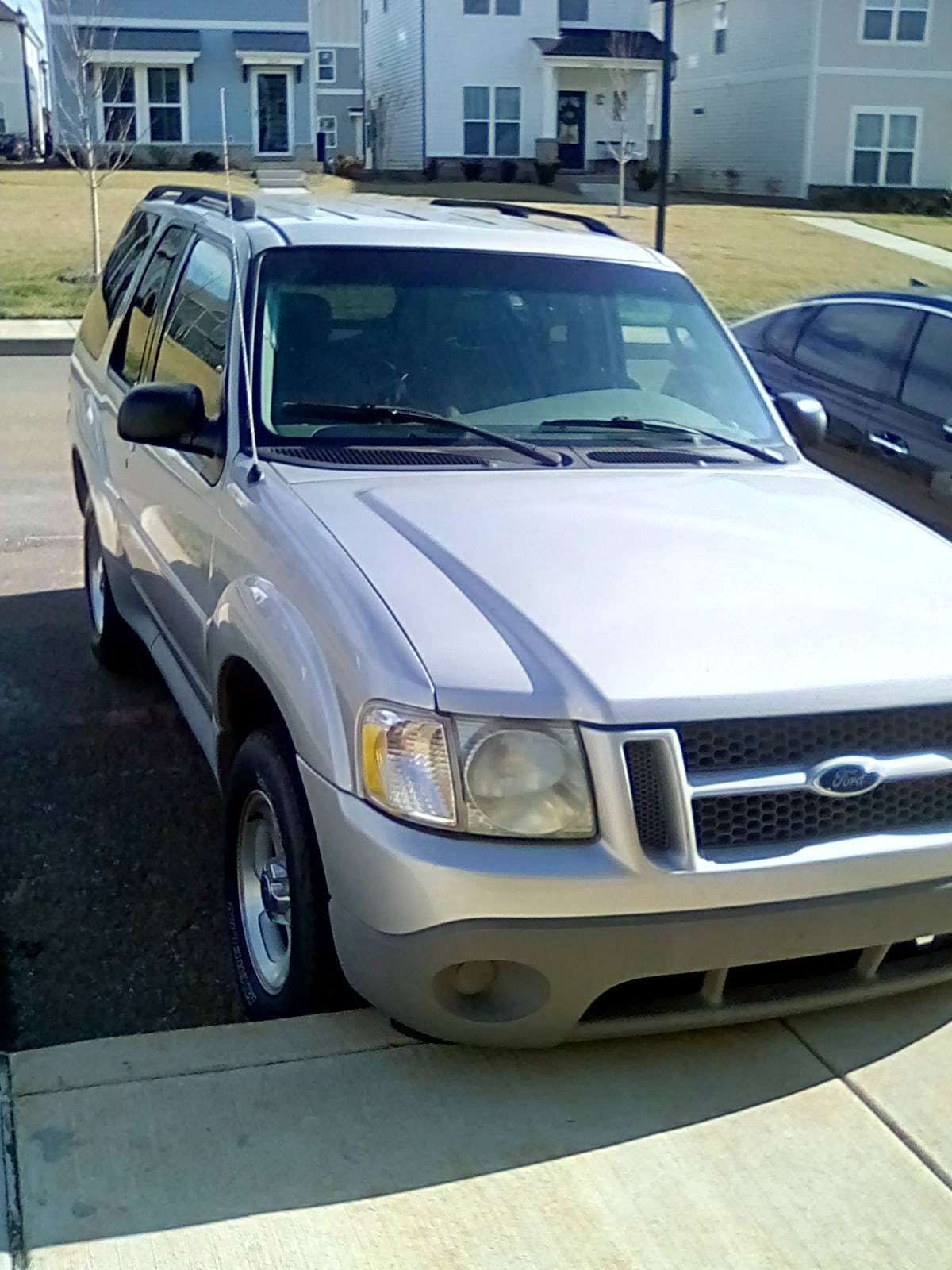 Junk 2003 Ford Explorer in Columbia