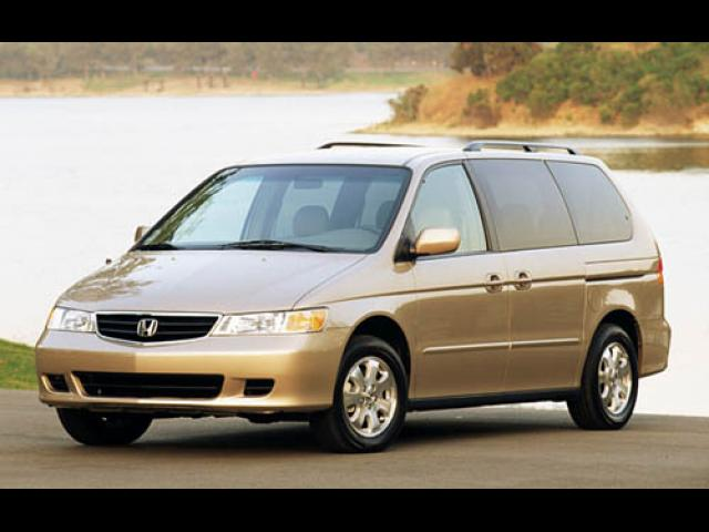 Junk 2003 Honda Odyssey in Houston