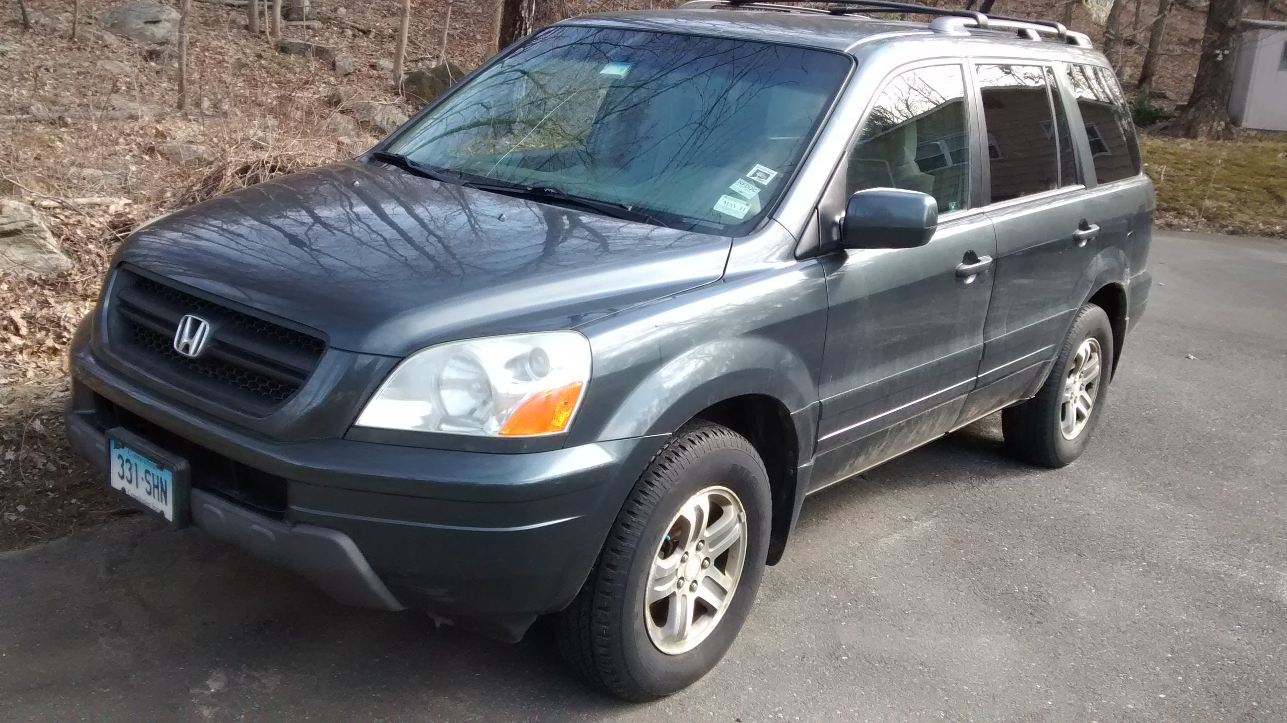 Junk 2003 Honda Pilot in New Fairfield