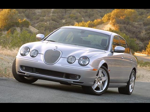 Junk 2003 Jaguar S-Type in Moreno Valley
