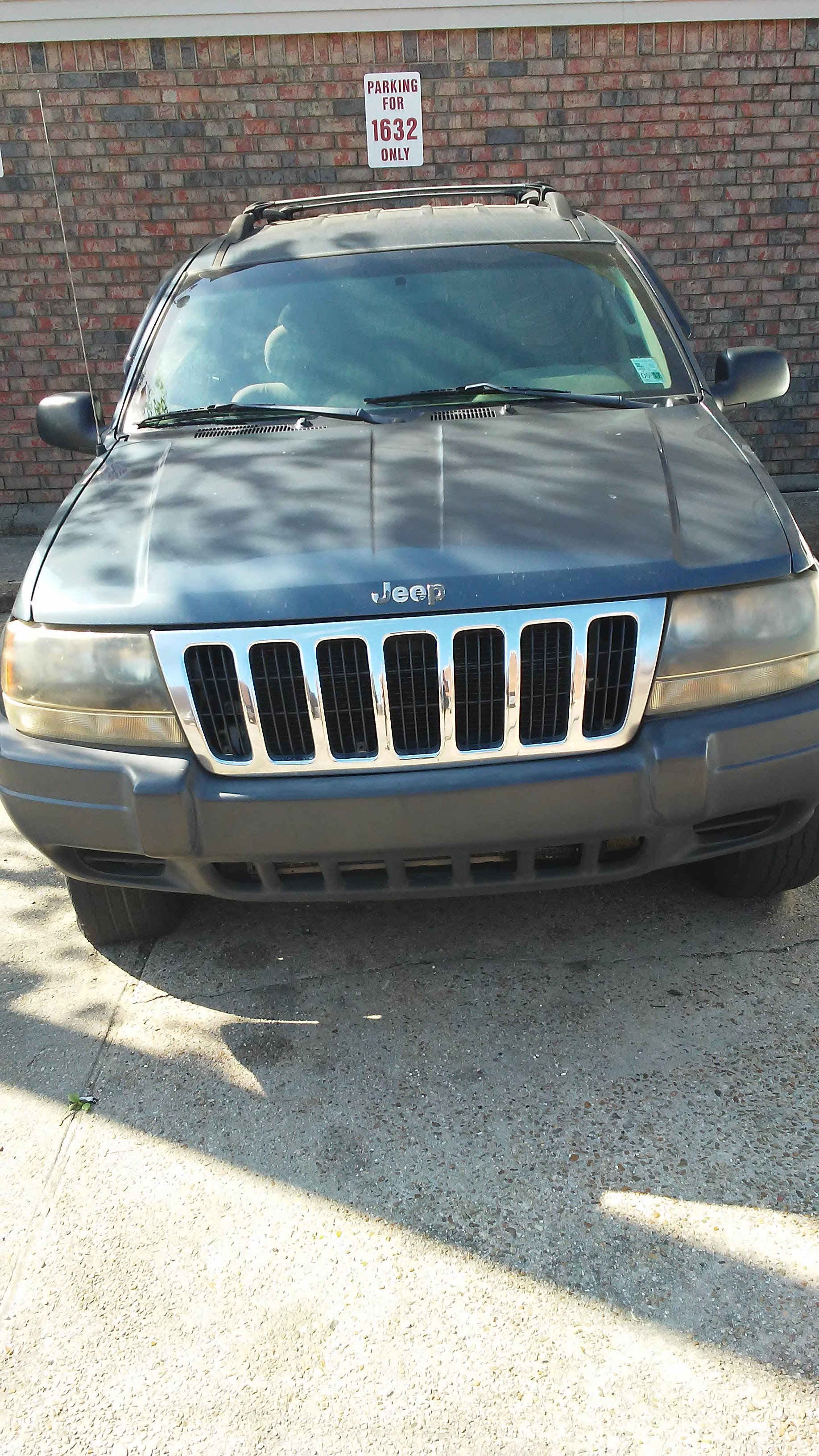 Junk 2003 Jeep Grand Cherokee in Kenner
