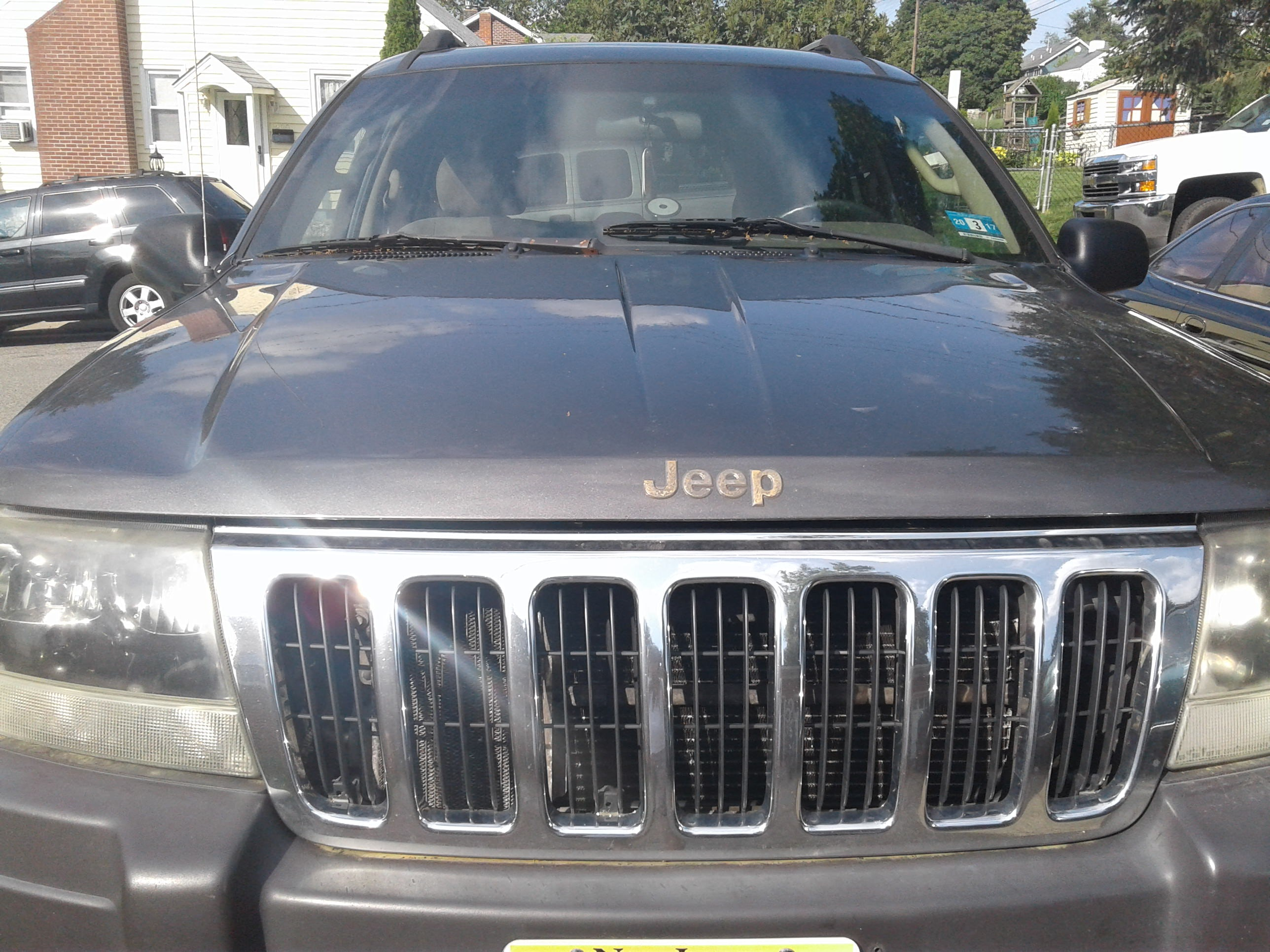 Junk 2003 Jeep Grand Cherokee in Phillipsburg
