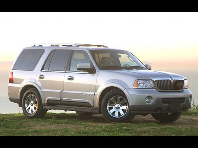 Junk 2003 Lincoln Navigator in Lawton
