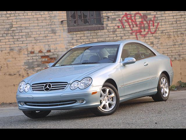 Junk 2003 Mercedes-Benz CLK in Tampa
