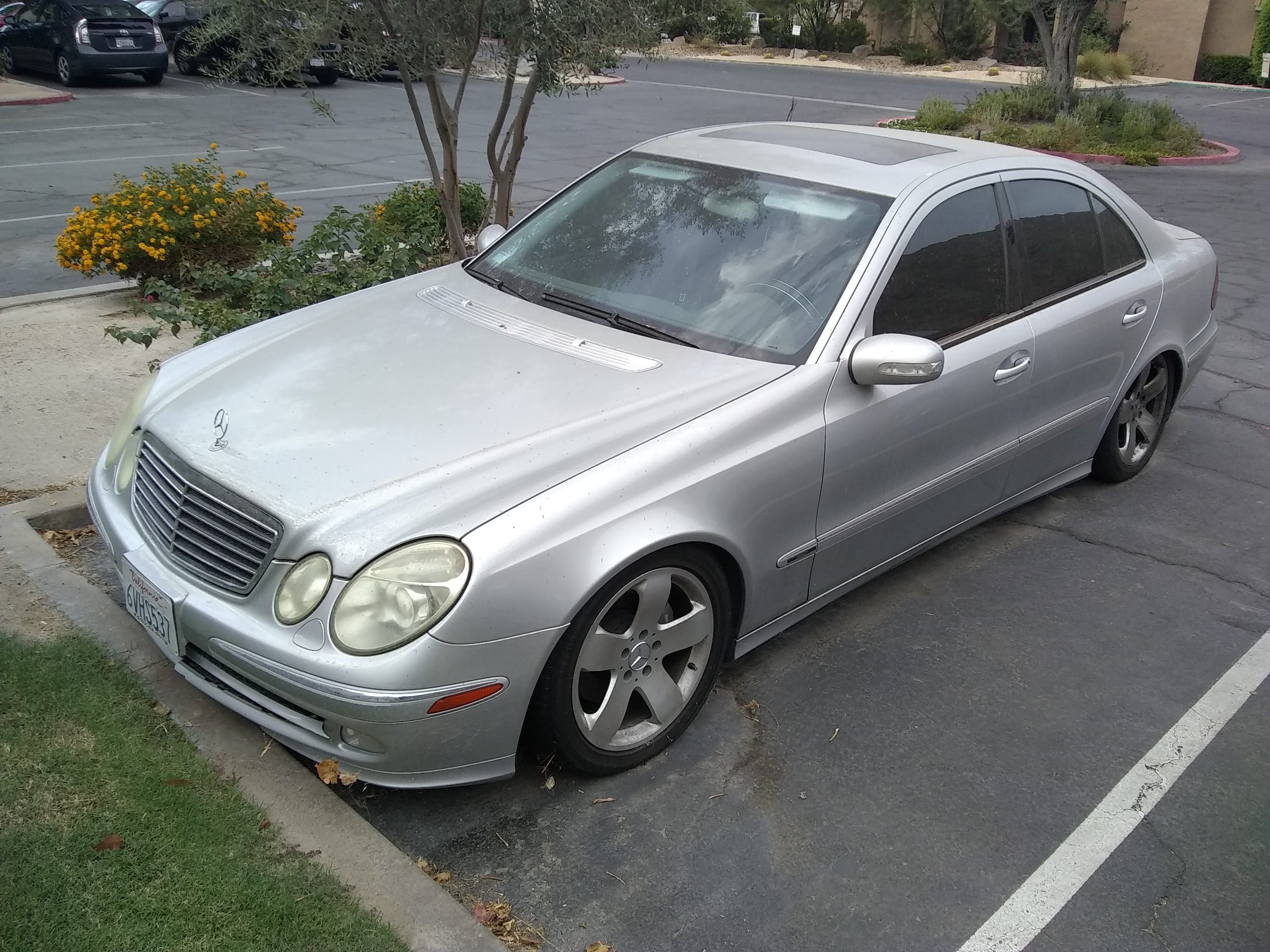 Junk 2003 Mercedes-Benz E in Indian Wells