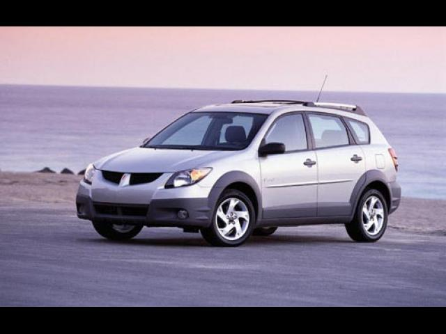Junk 2003 Pontiac Vibe in Lake Bluff