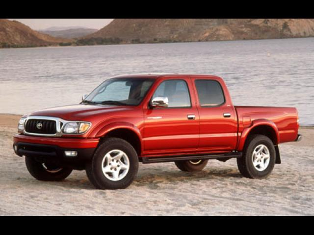 Junk 2003 Toyota Tacoma in Whittier