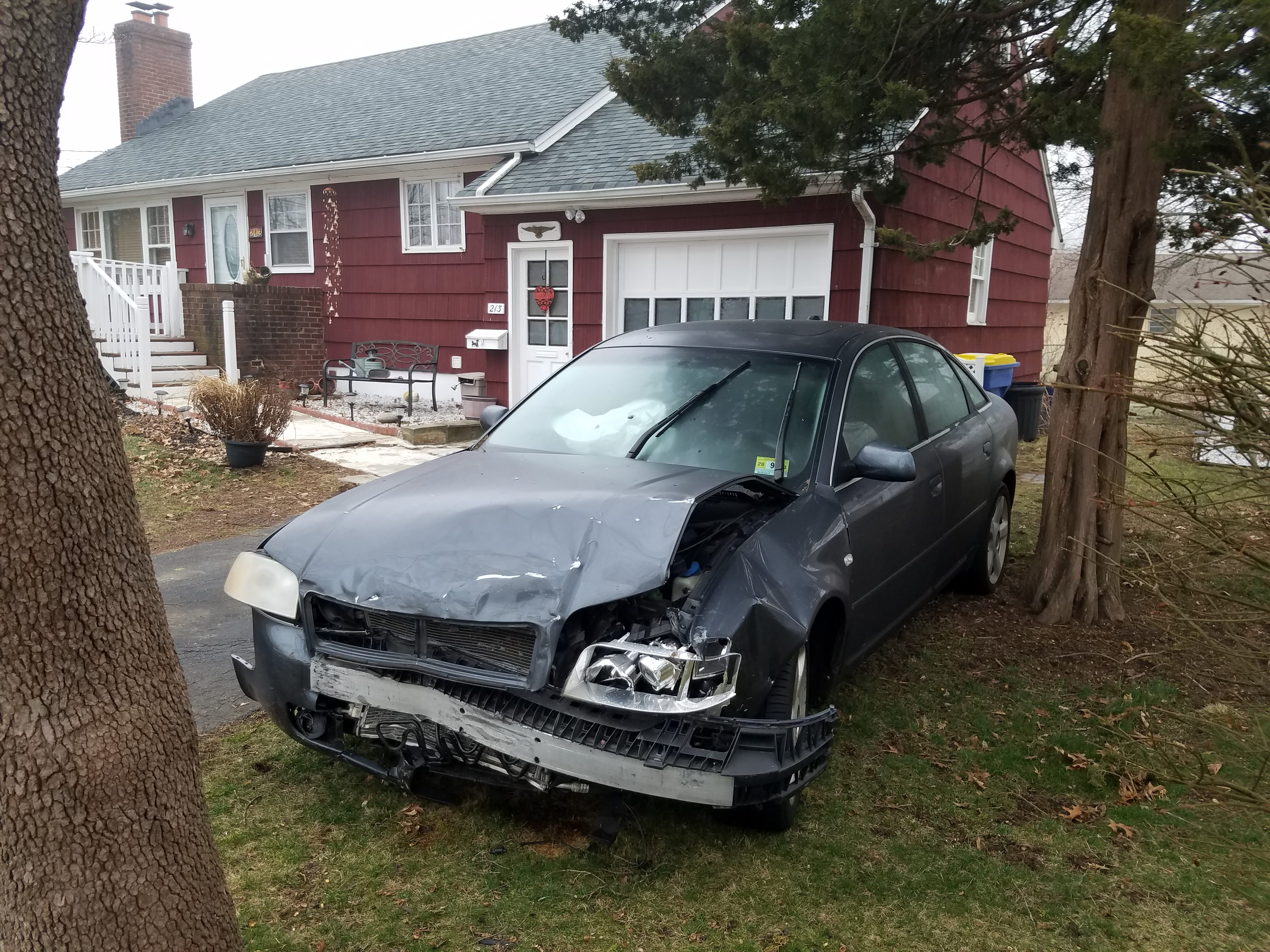 Junk 2004 Audi A4 in South Bound Brook