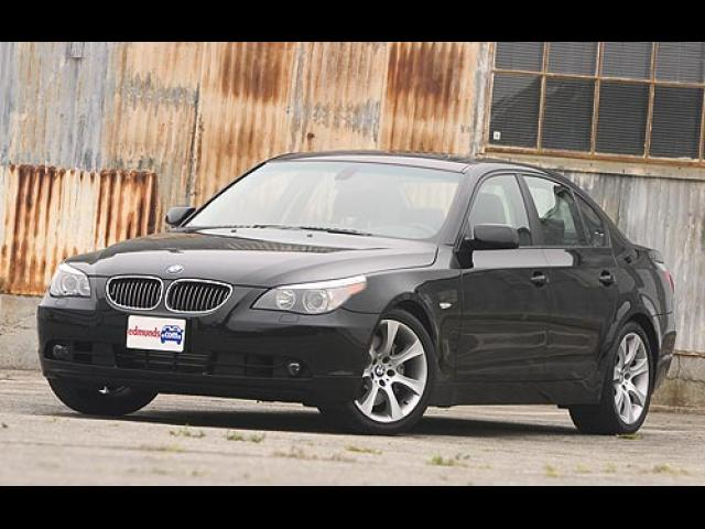 Junk 2004 BMW 545 in Port Chester