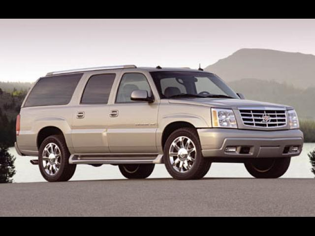 Junk 2004 Cadillac Escalade in Charlotte