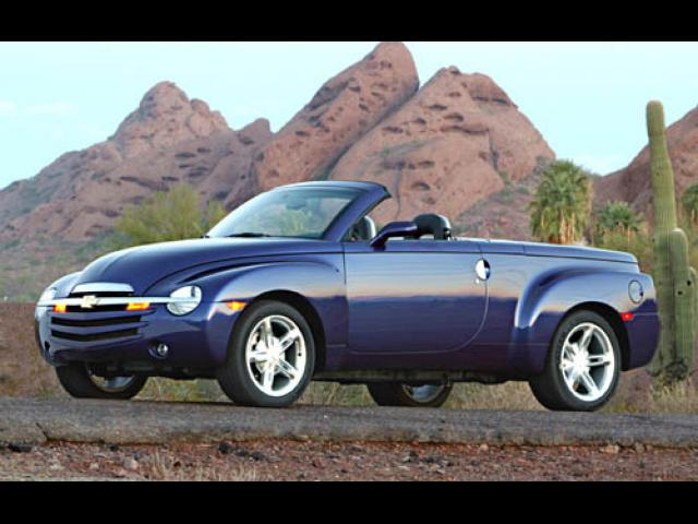 Junk 2004 Chevrolet SSR in Absecon