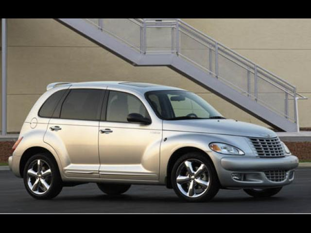 Junk 2004 Chrysler PT Cruiser in Hampton