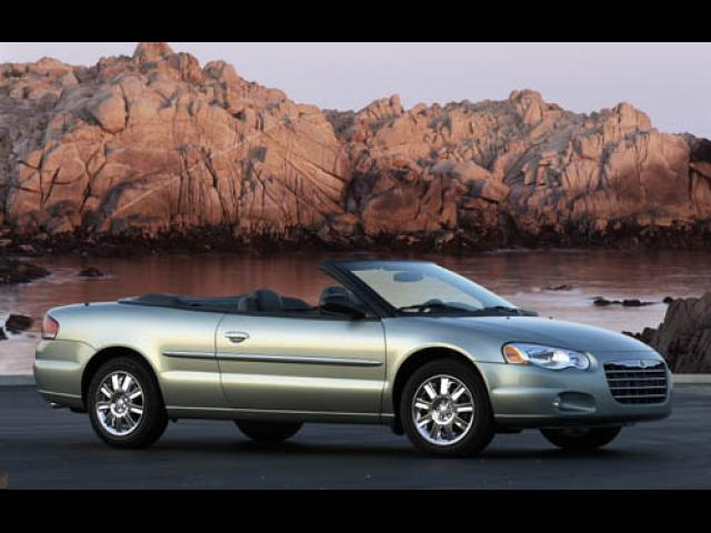 Junk 2004 Chrysler Sebring in Plano