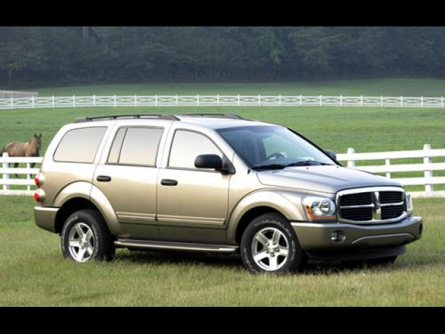 Junk 2004 Dodge Durango in Roseville