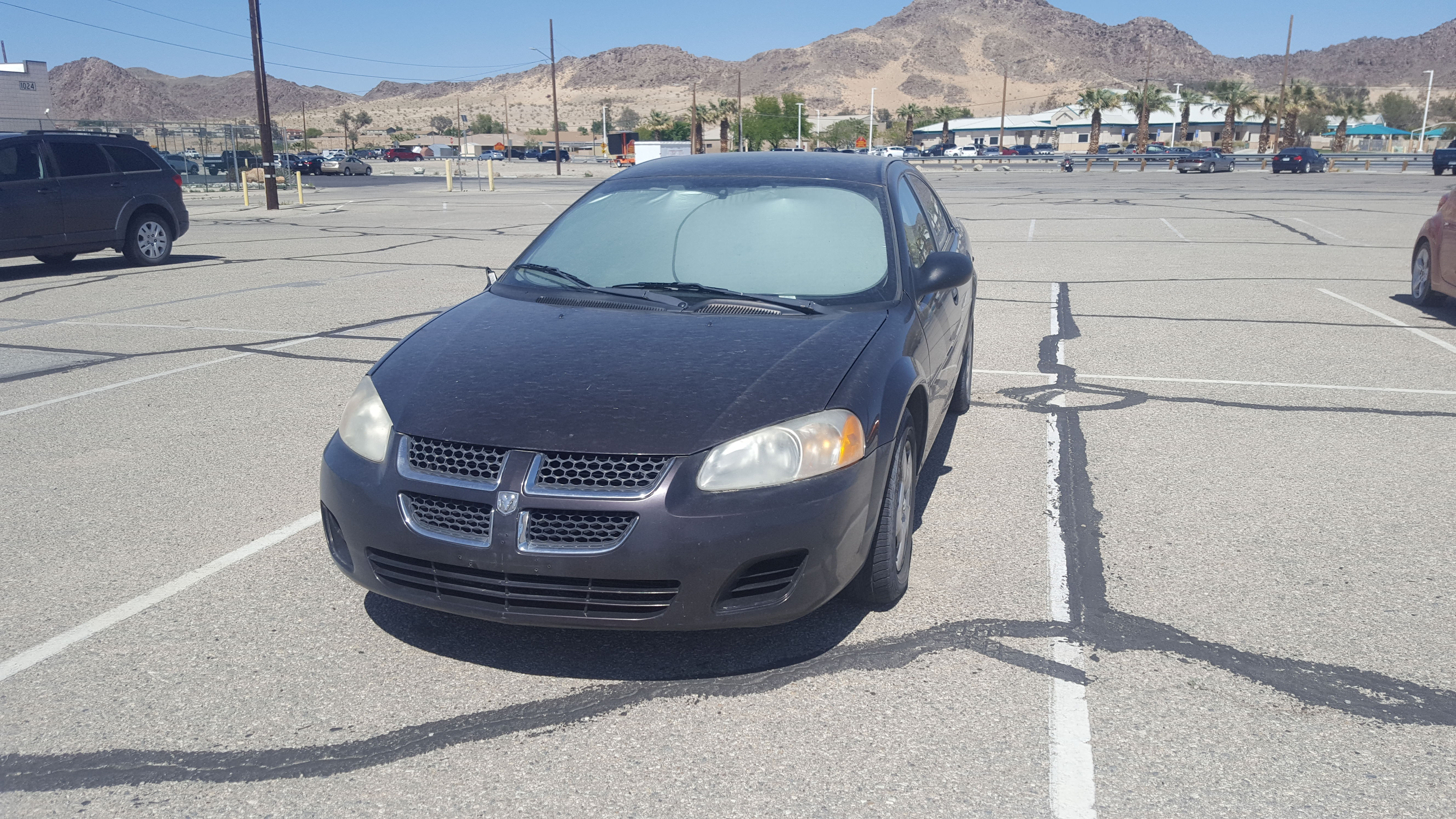 Junk 2004 Dodge Stratus in Twentynine Palms